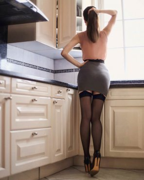 amateur photo Ariadna in the kitchen