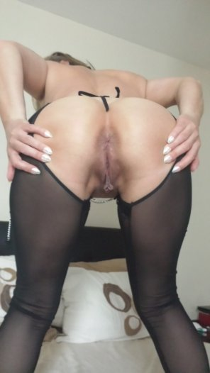 amateur photo contact me if wanna fuck her