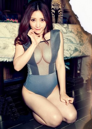 amateur photo Sexy Chinese Model Liu Yan