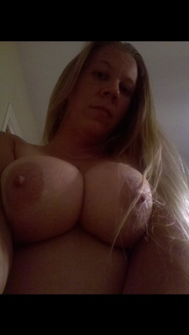 Big boobs selfie Porn Photo