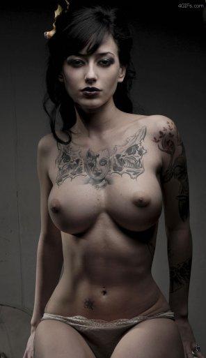 amateur photo Tatoo Lady