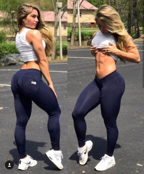 amateur photo Carriejune front and back