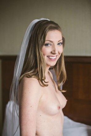 amateur photo Bride