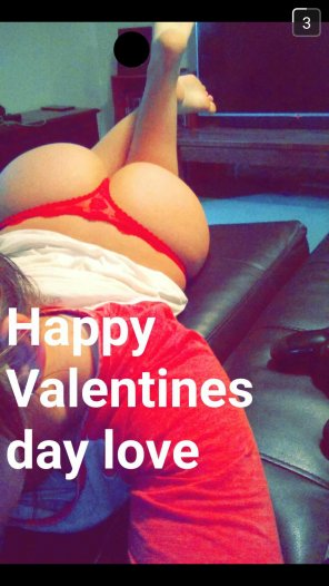 amateur photo Valentines day snap from my wife. What do you guys think?