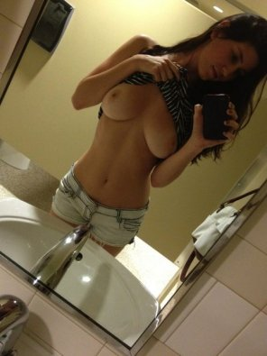amateur photo At the sink