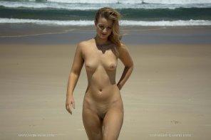 amateur photo Beach bum.