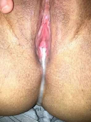 amateur photo Good way to end the night dripping down my asshole