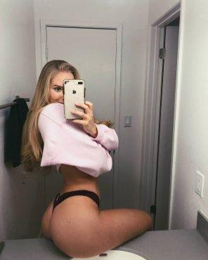 amateur photo Amazing ass displayed