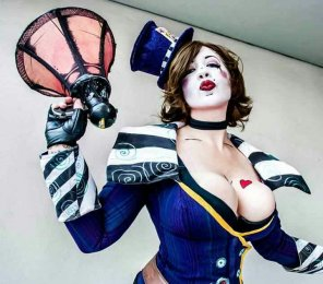 amateur photo Mad Moxxi Cosplay