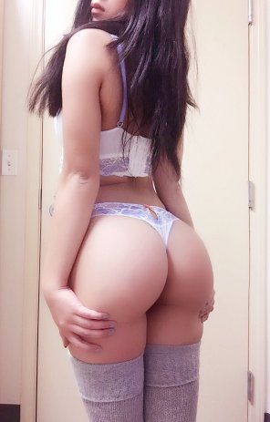 amateur photo imagine her arch on all fours