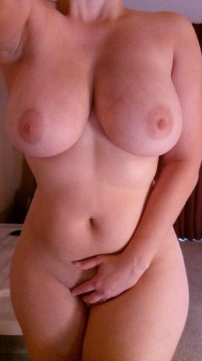 amateur photo Full figured
