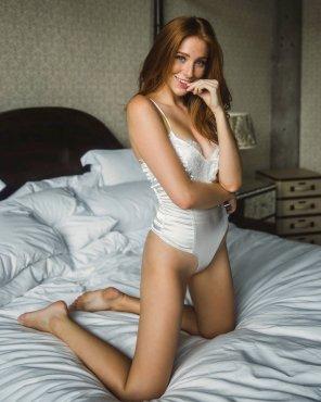 amateur photo White lingerie