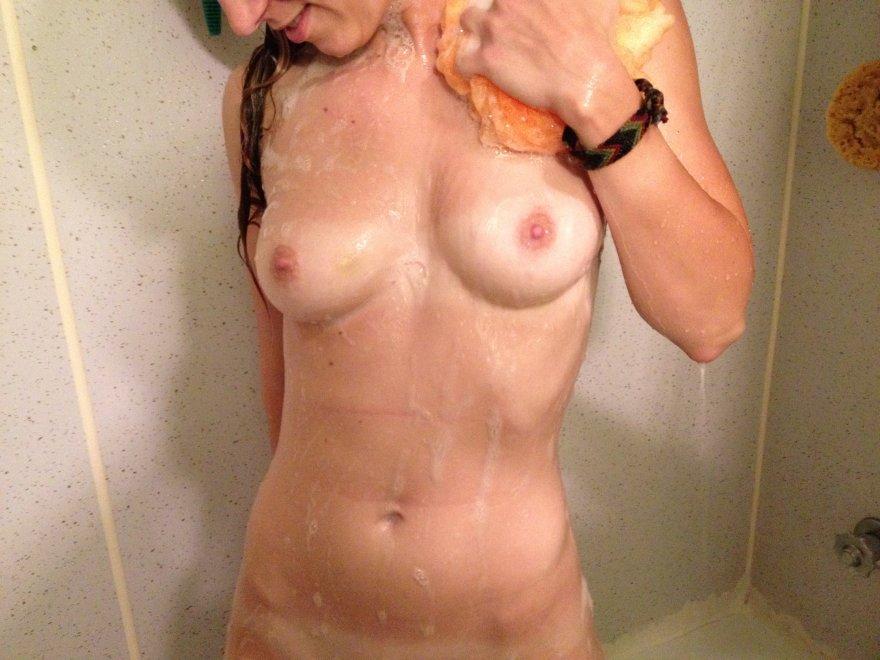 Original ContentBoobs and Tummy Porn Photo