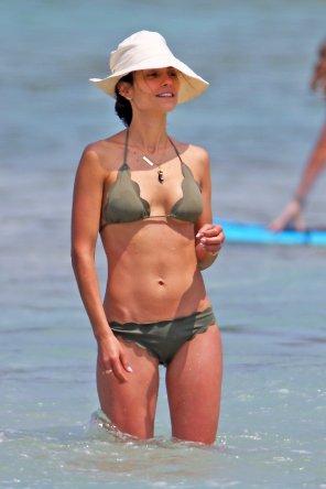 amateur photo Jordana Brewster
