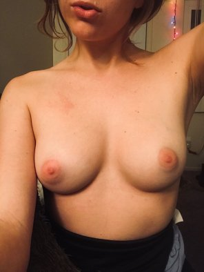 amateur photo [F] Any verified ladies in SoCal want to meet up and take pics together? PM if interested :)