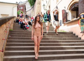 amateur photo Beautiful naked girl in public