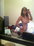 amateur photo Messy room, killer body