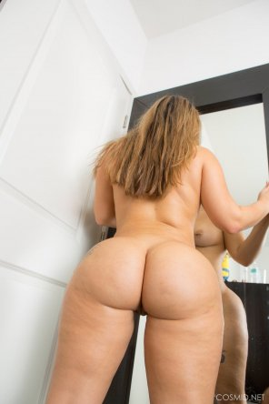 amateur photo Lisa Martiz - Mirror