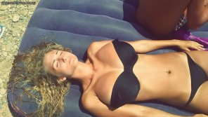 amateur photo Black bikini E
