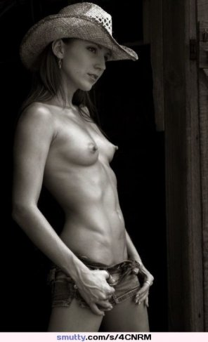 amateur photo Cowgirl...