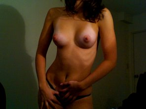 amateur photo puffy nips