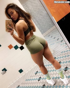 amateur photo Sommer Ray's perfect ass