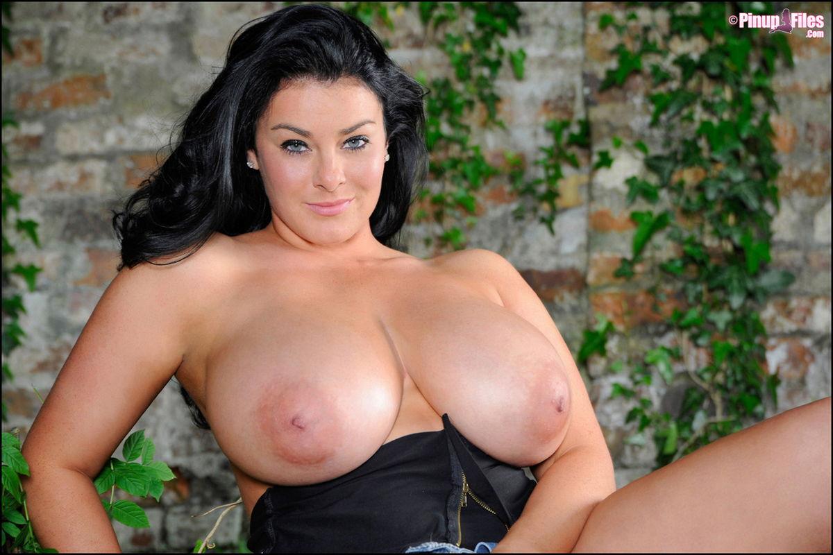 Latinas porno fotky XXX shemale videá