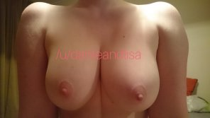 amateur photo Beautiful pale breasts