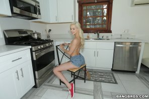 amateur photo Cooking with Elsa Jean
