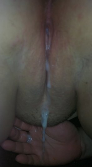 amateur photo Wife's pussy dripping with cum