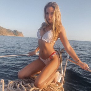 amateur photo I should buy a boat
