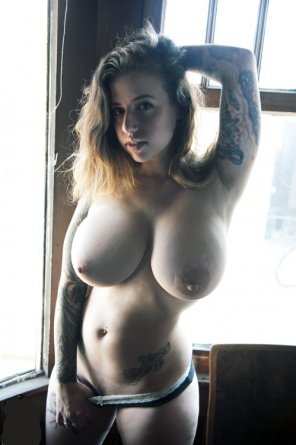amateur photo Tattooed and Stacked