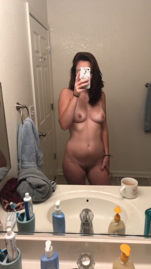 amateur photo Who wants to join me [f]or a shower this morning?
