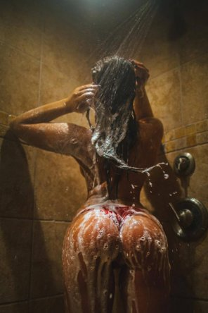 amateur photo Soapy shower