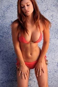 amateur photo Bikini clash