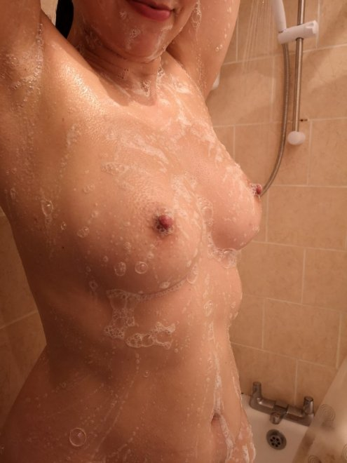 Can yiu help spreading the soap? 😏 Porn Photo