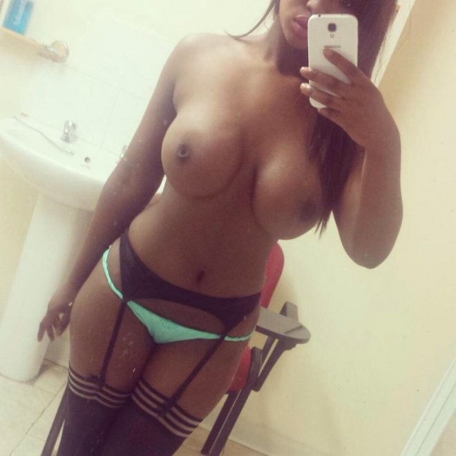 Ebony Porn Photo