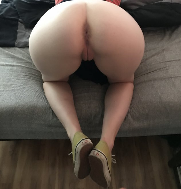 [f] I love the way my pussy looks from behind Porn Photo