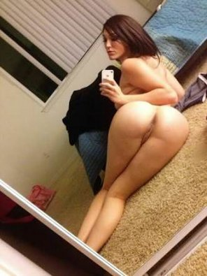 amateur photo I love her body so much..