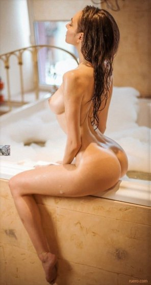 amateur photo Bathing...