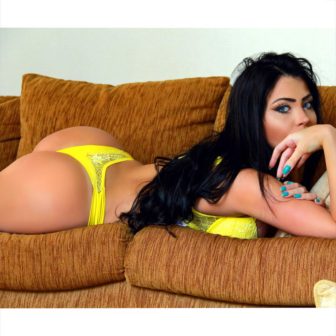 Sex Claudia Alende nudes (76 photo), Tits, Cleavage, Feet, braless 2018