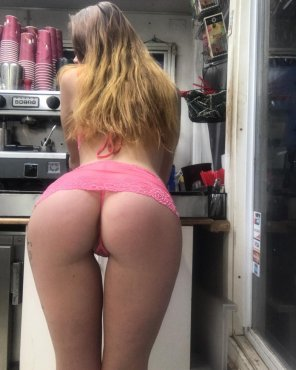 amateur photo Barista babe