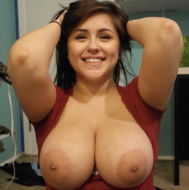 Pretty nude women videos