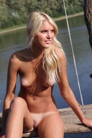 amateur photo Blonde on a Boat