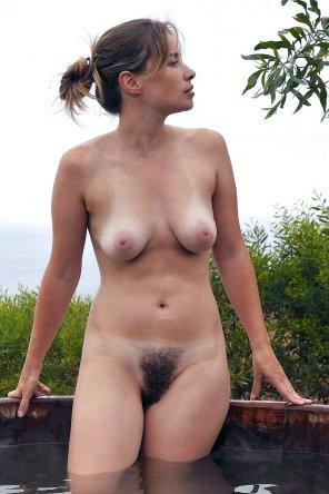 amateur photo Showing off the bush