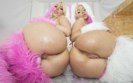 amateur photo Kagney Linn Karter & Bibi Noel