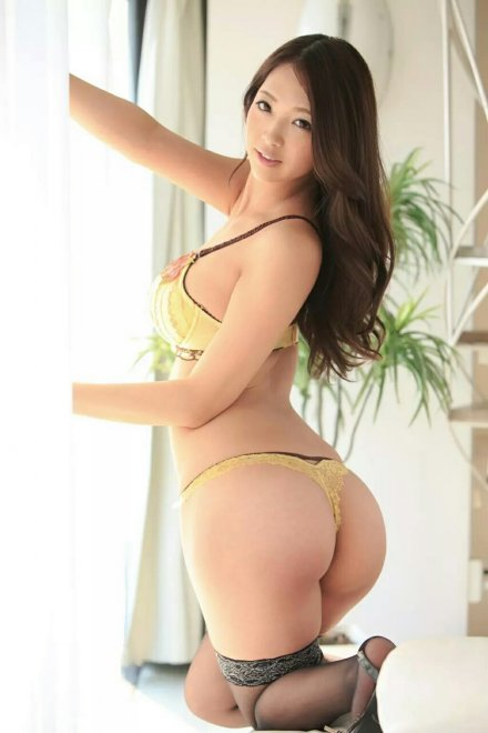 Cute yellow thong. Porn Photo