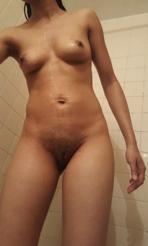 amateur photo Thanks for the love on an old slim pic. This is today. [F]