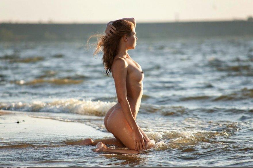 Gorgeous Teen At The Beach Porn Photo
