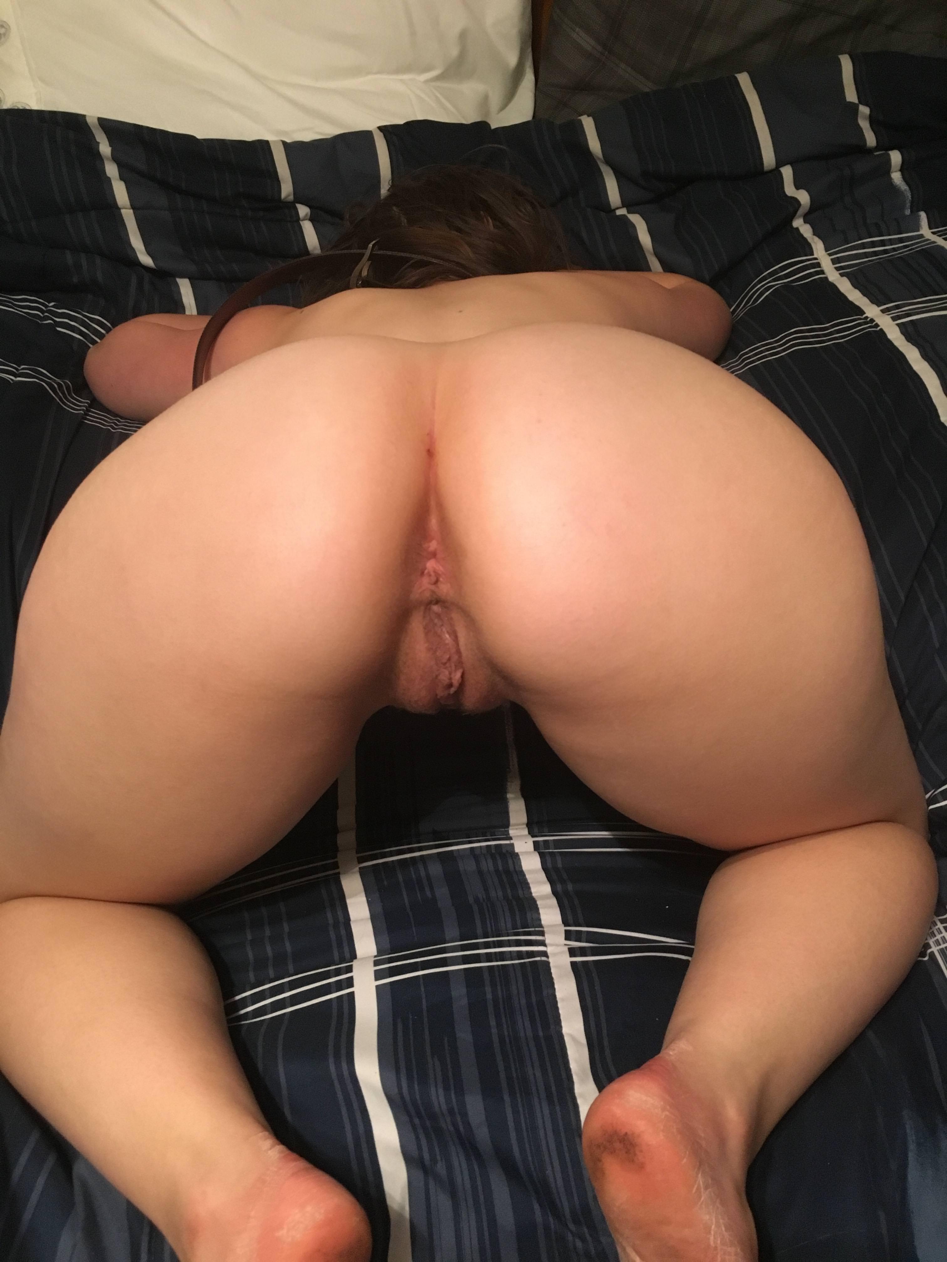 Nude Ebony Big Butt